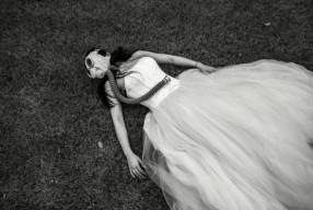 Свадебная фотосессия в противогазах